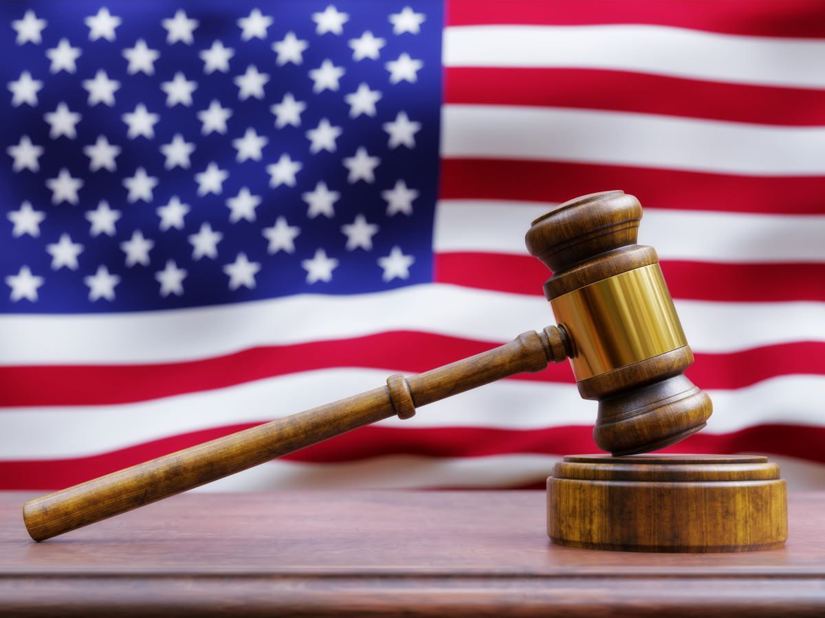 gavel-in-front-of-american-flag-PFESRZU